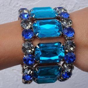 Jewelry - Big Blue Jewel Stretch Bangle Statement Bracelet